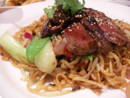Yakisoba with Steak