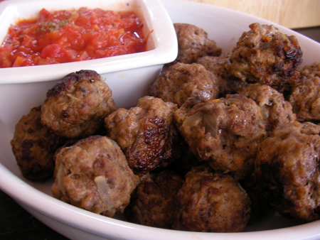 Beef Balls with Tomato Dip